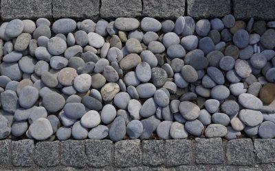 Kamienie w ogrodzie – jak udekorować przestrzeń?